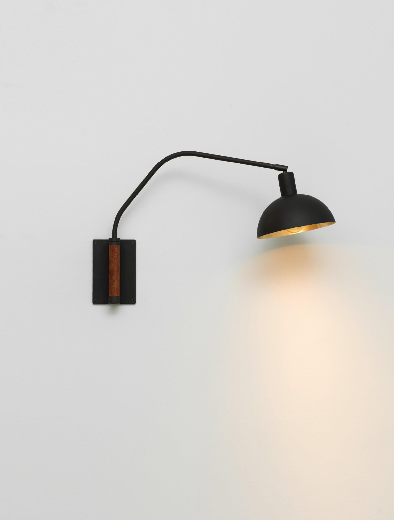 TinnappelMetz-allied-maker-crescent-wall-lamp-02
