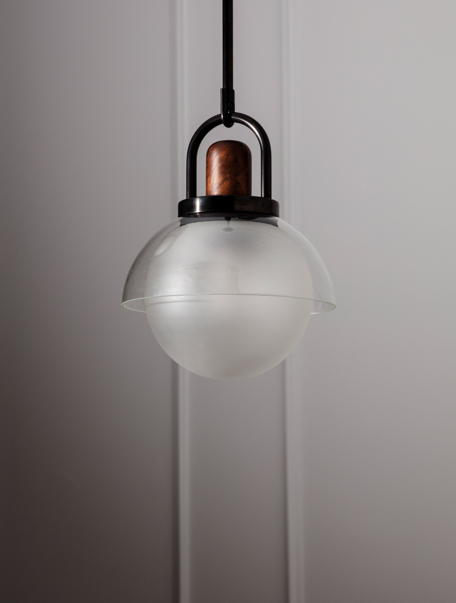 TinnappelMetz-allied-maker-glass-arc-dome-pendant-01
