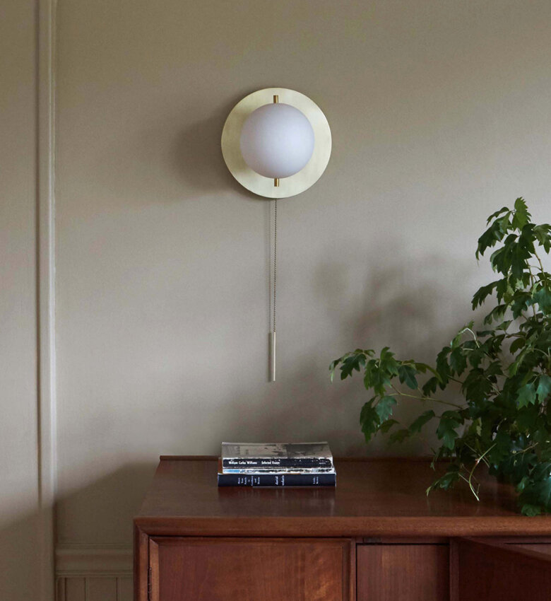 TinnappleMetz-Workstead-Signal-Sconce-list-hover