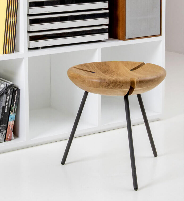 TinnappleMetz-objekto-triebo-stool-liste-hover