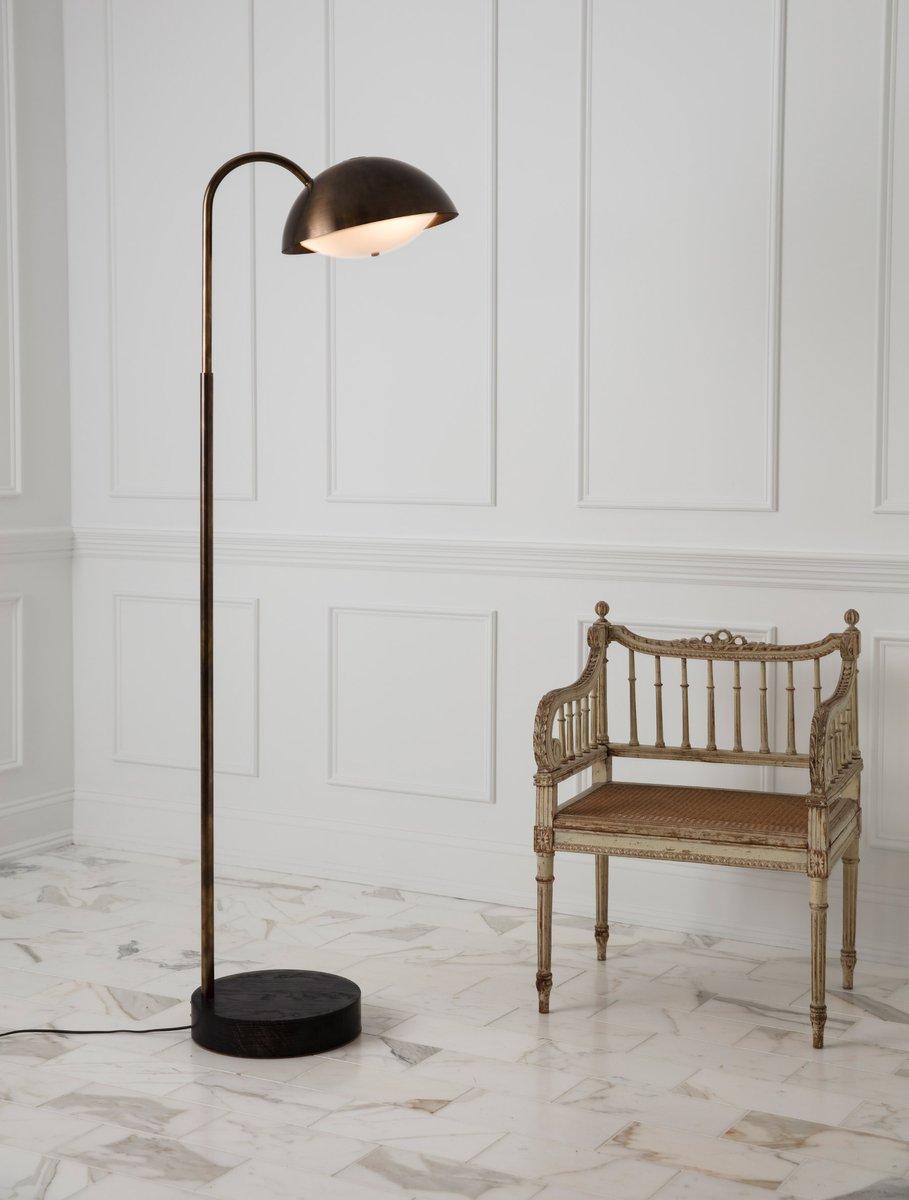 Crest-Floor-Lamp-Web2_1200x1200