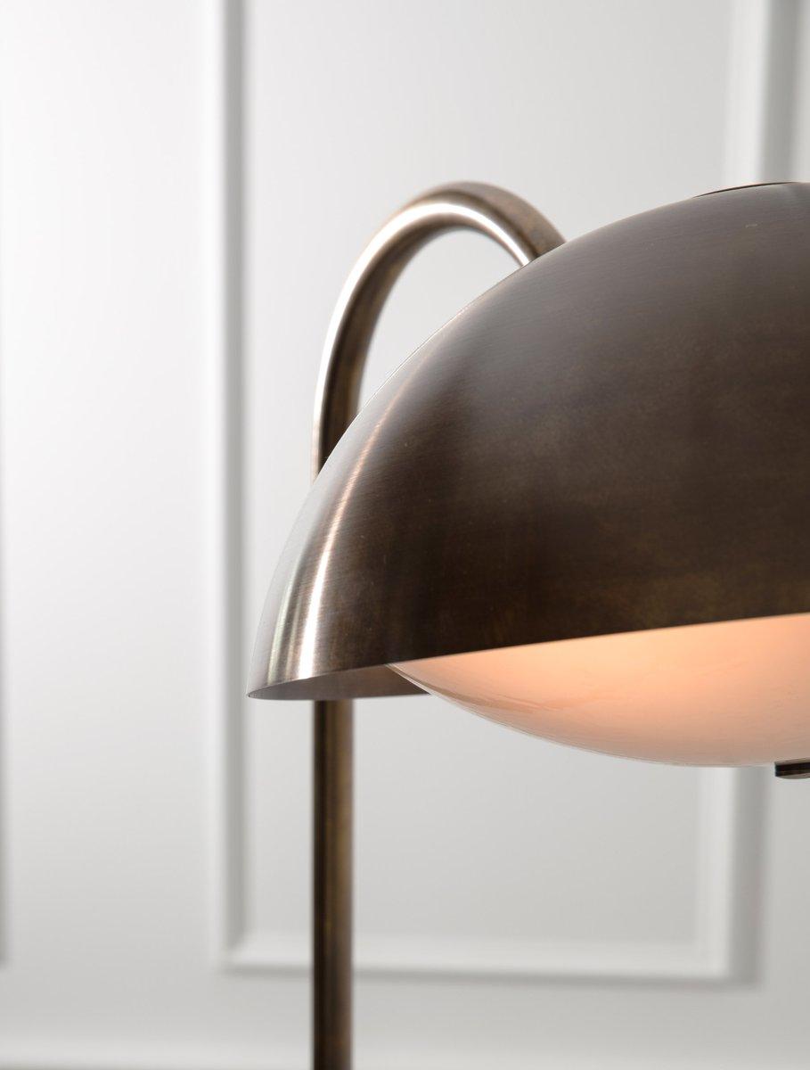 Crest-Floor-Lamp-Web3_1200x1200