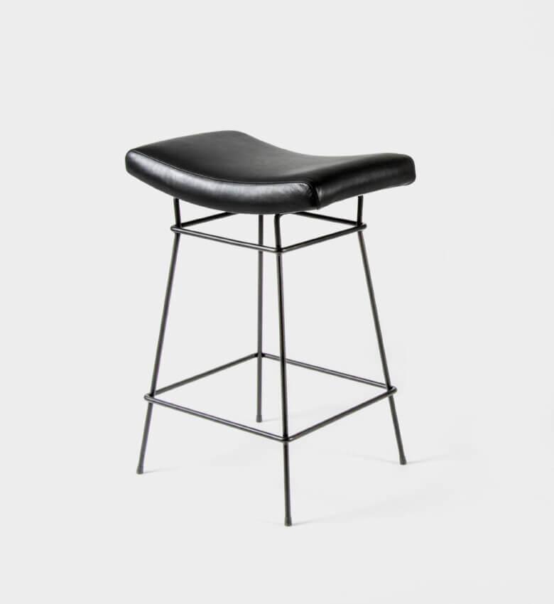 TinnappleMetz-objekto-bienal-stool-liste