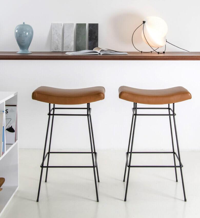 TinnappleMetz-objekto-bienal-stool-liste-hover
