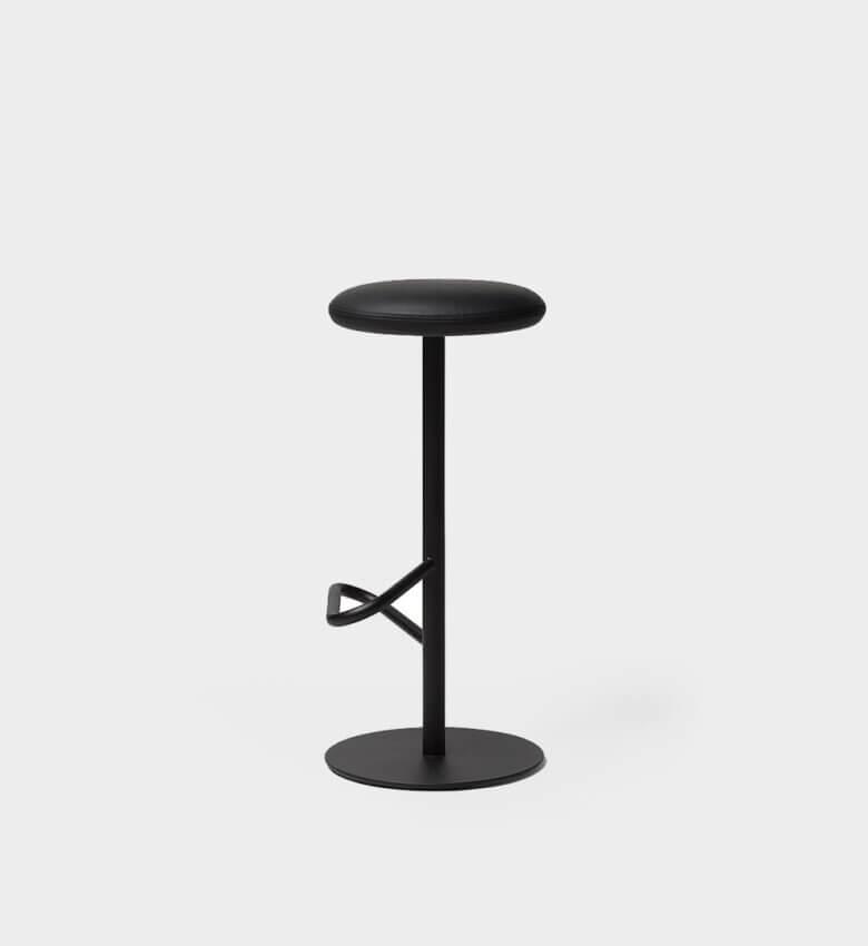 TinnappelMetz-massproductions-odette-bar-stool_liste