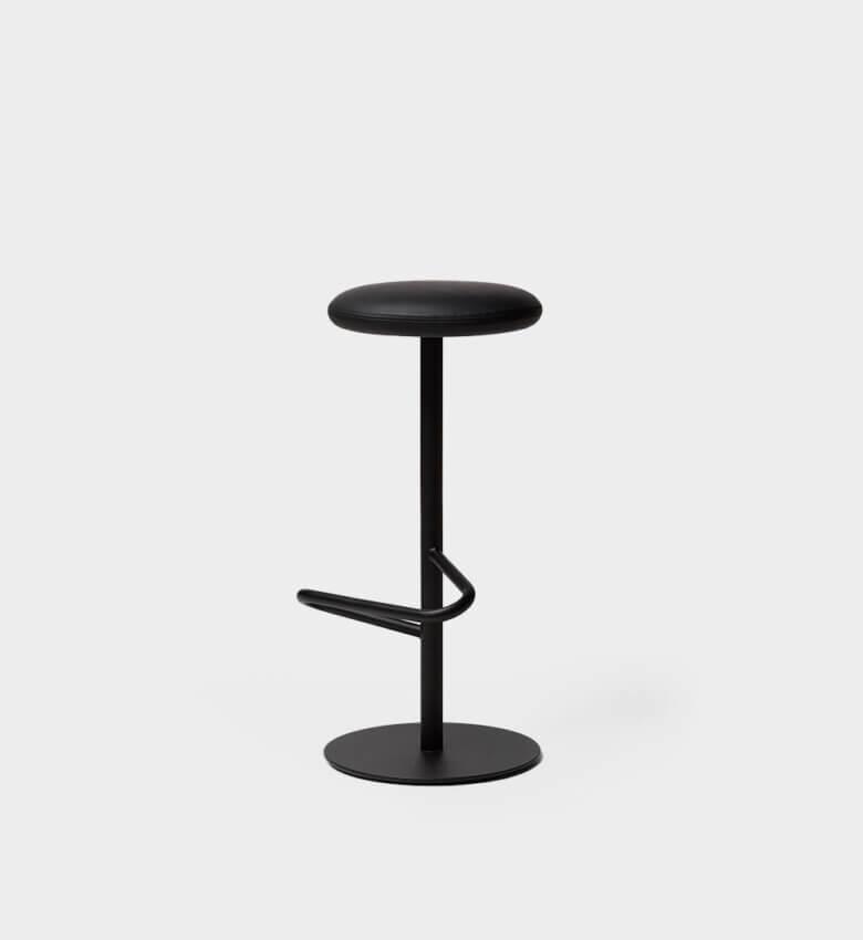 TinnappelMetz-massproductions-odette-bar-stool_liste-hover