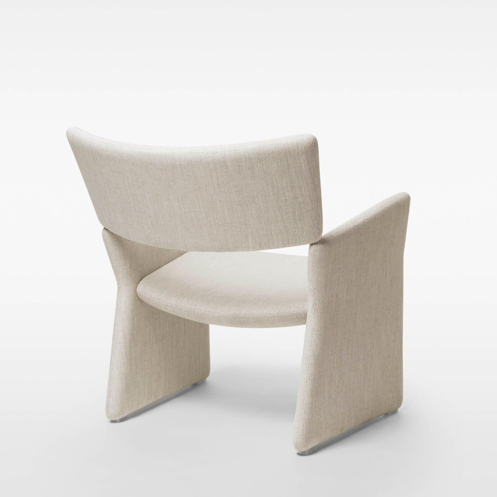 TinnappleMetz-massproductions-crown-armchair_02