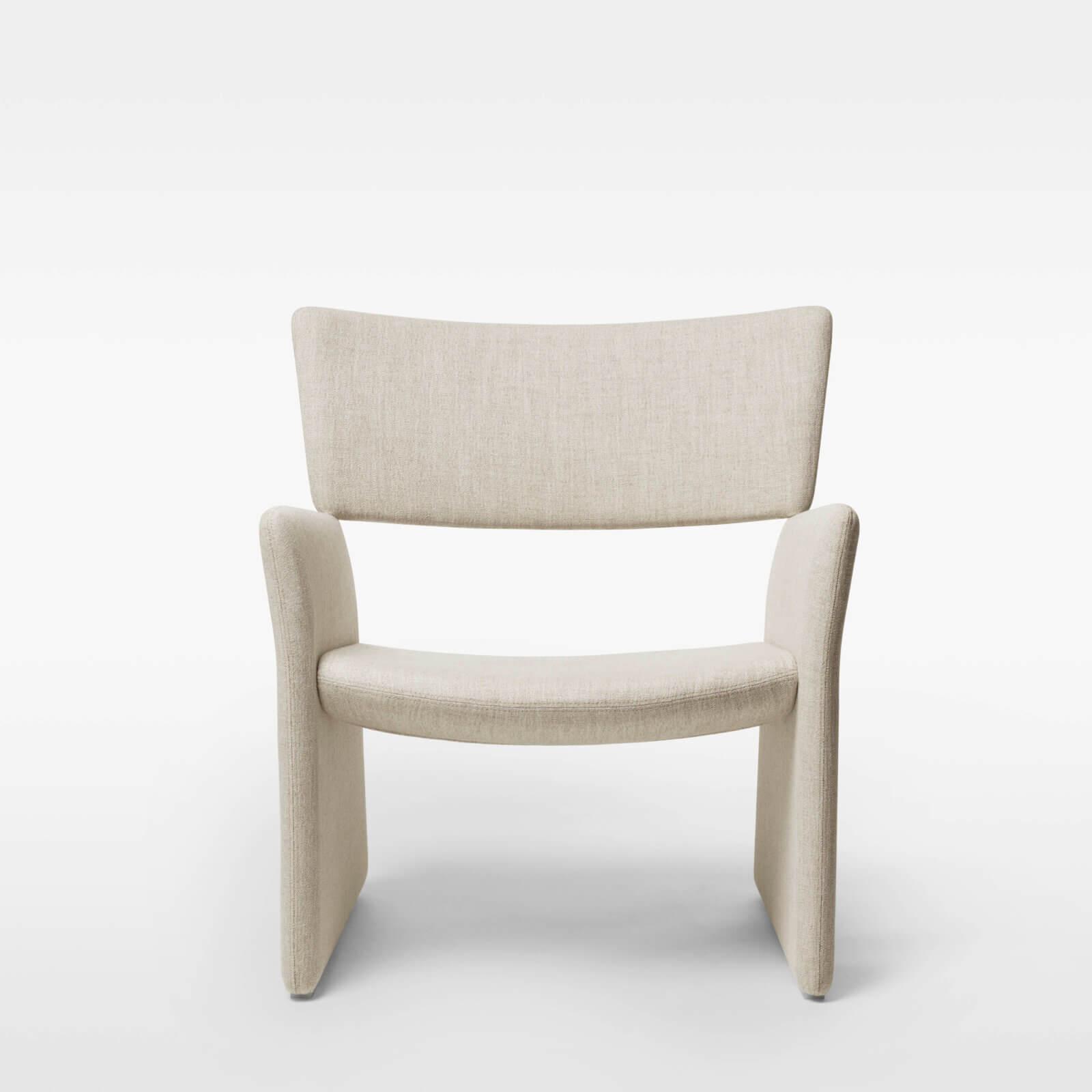 TinnappleMetz-massproductions-crown-armchair_04