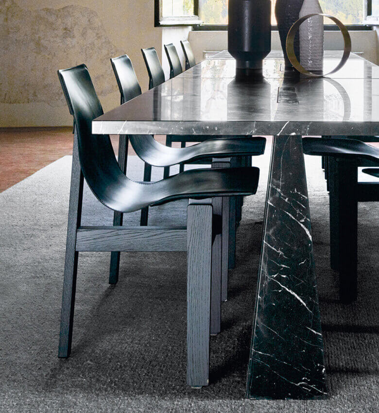 TinnappleMetz-agapecase-mangiarotti-Tre-3-Chair-list-hover