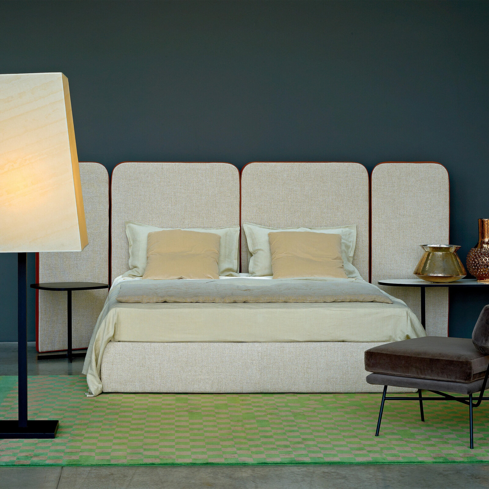 TinnappleMetz-arflex-palazzo-bed-01