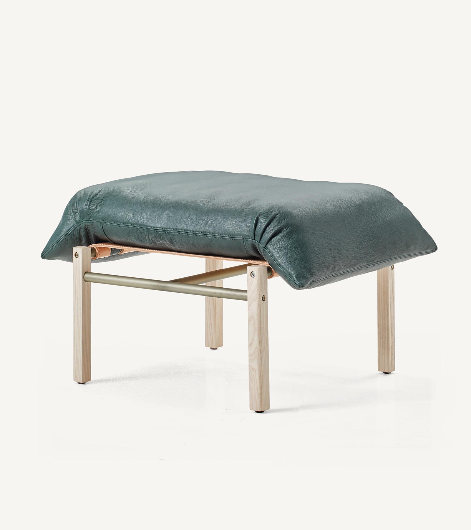 TinnappleMetz-bassamfellows-Sling-Club-Chair-10