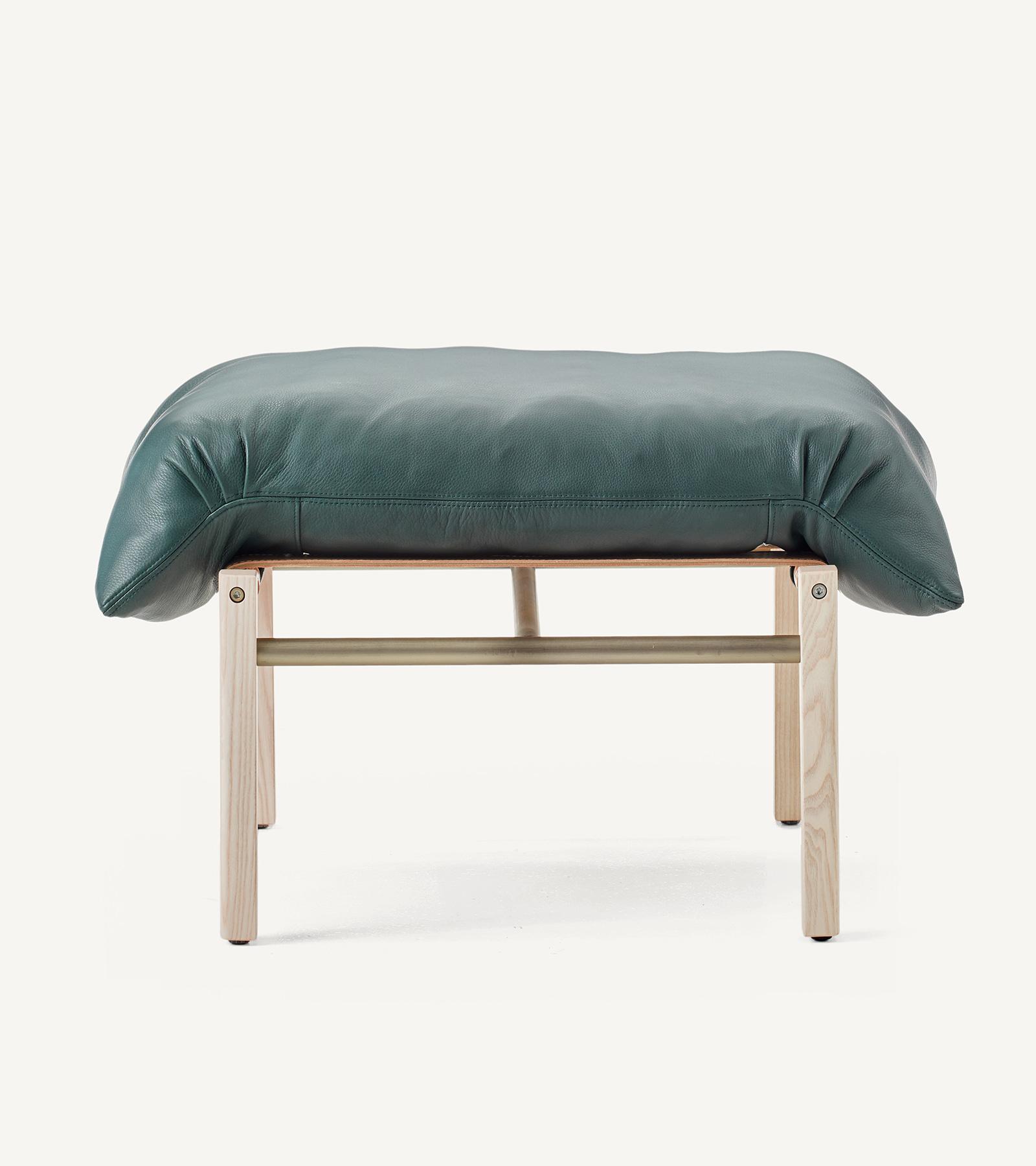 TinnappleMetz-bassamfellows-Sling-Club-Chair-11
