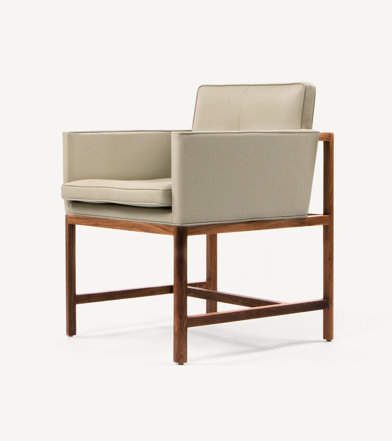 TinnappleMetz-bassamfellows-Wood-Frame-Chair-07