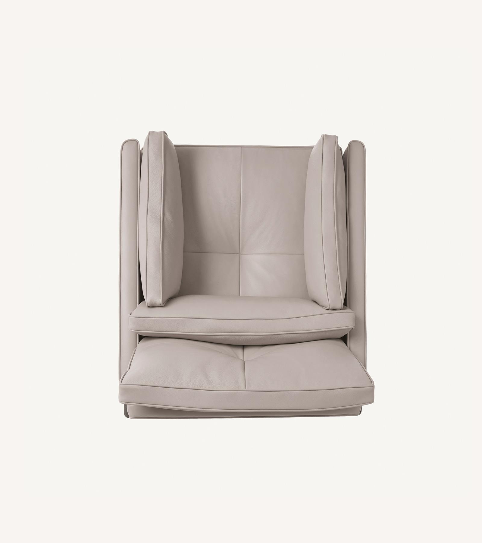 TinnappleMetz-bassamfellows-Wood-Frame-Lounge-Chair-03