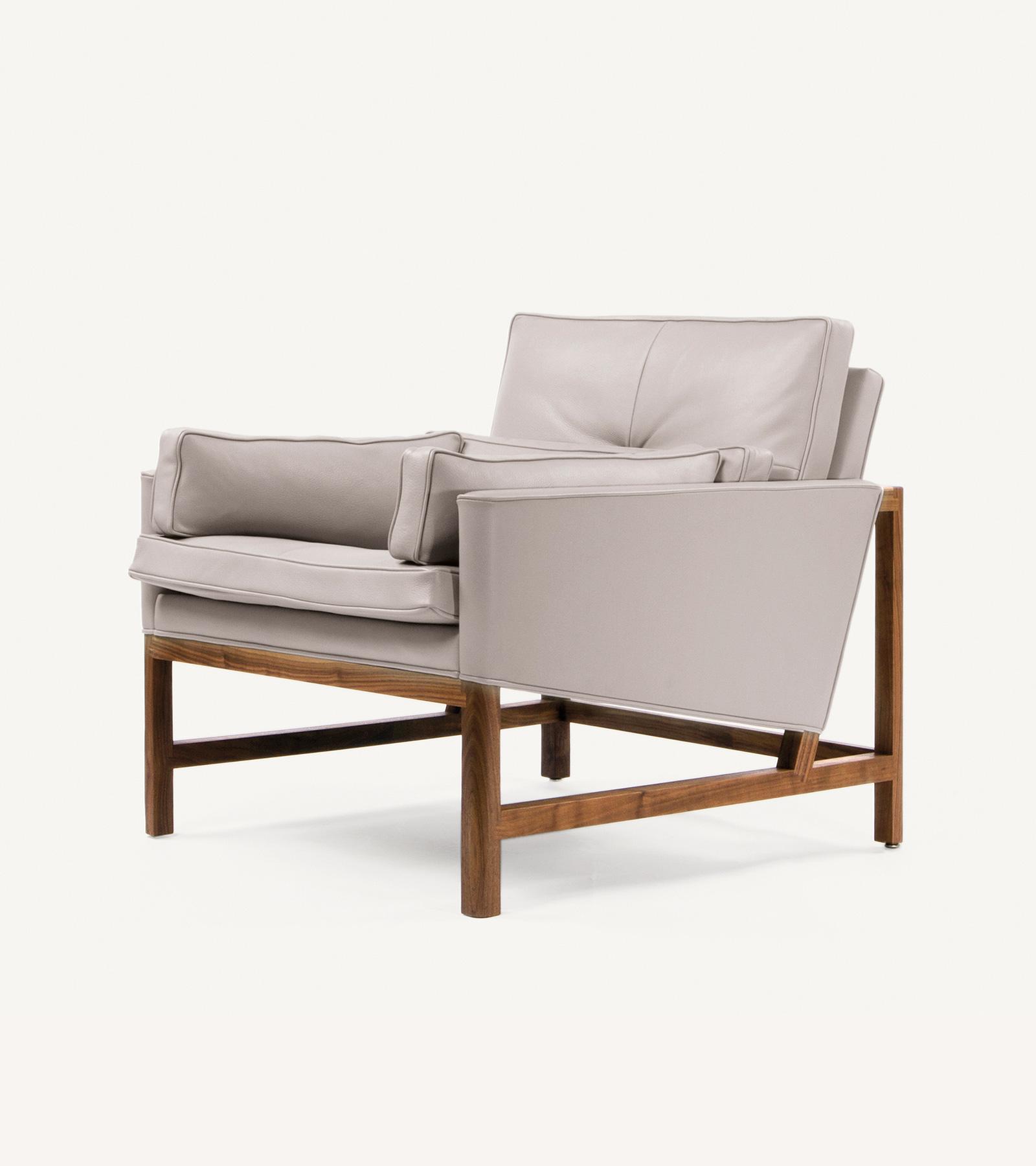 TinnappleMetz-bassamfellows-Wood-Frame-Lounge-Chair-05