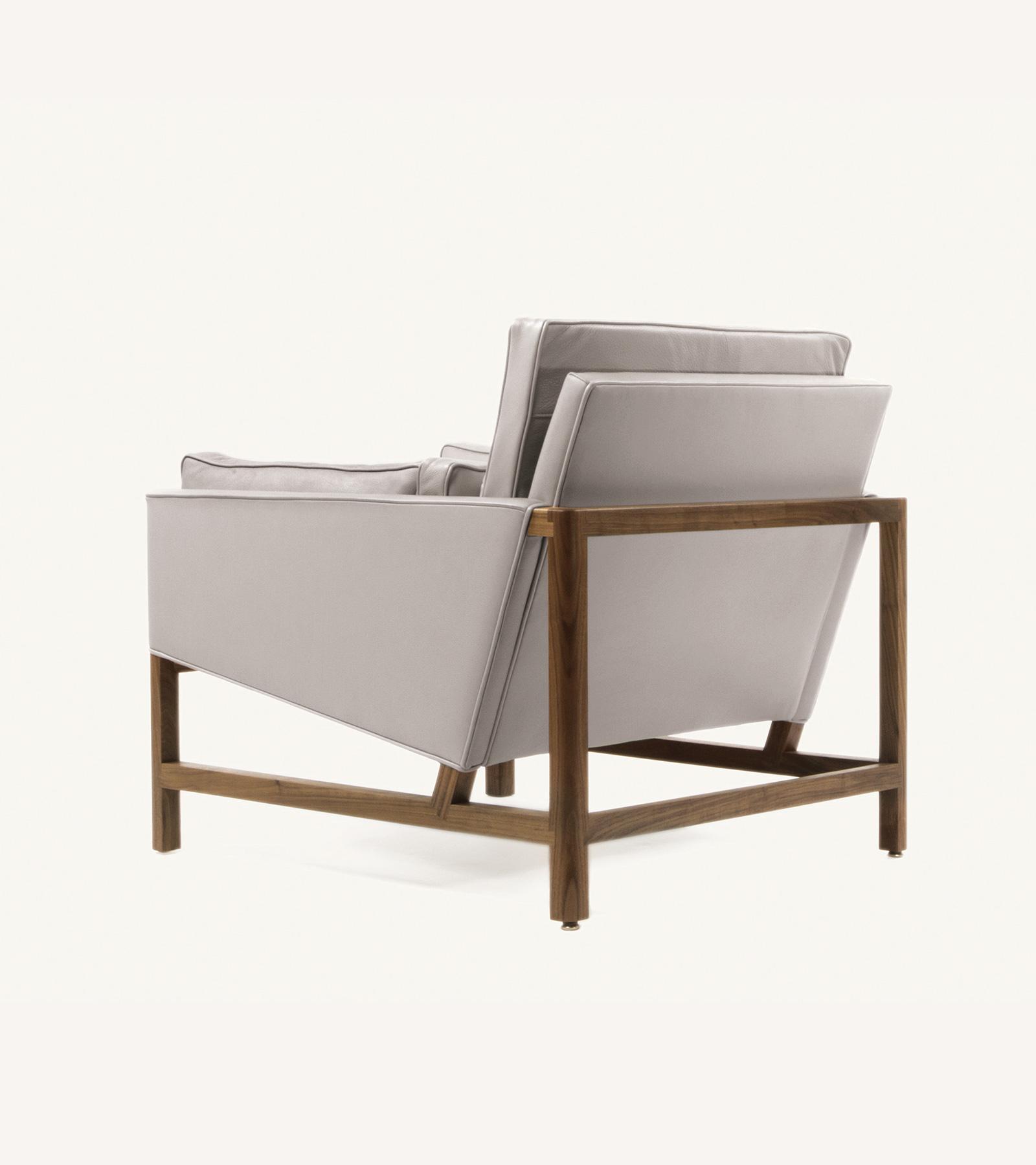 TinnappleMetz-bassamfellows-Wood-Frame-Lounge-Chair-06