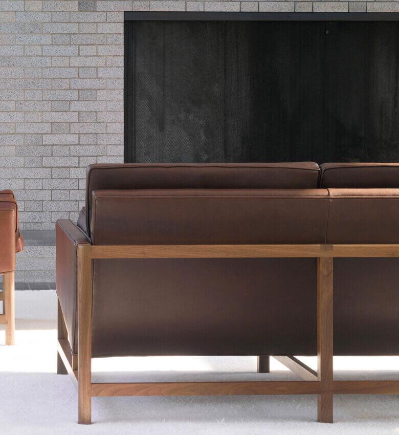 TinnappleMetz-bassamfellows-Wood-Frame-Sofa-liste-hover