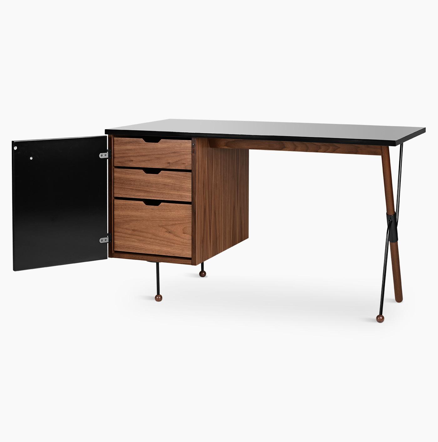 TinnappelMetz-Gubi-62-desk_03