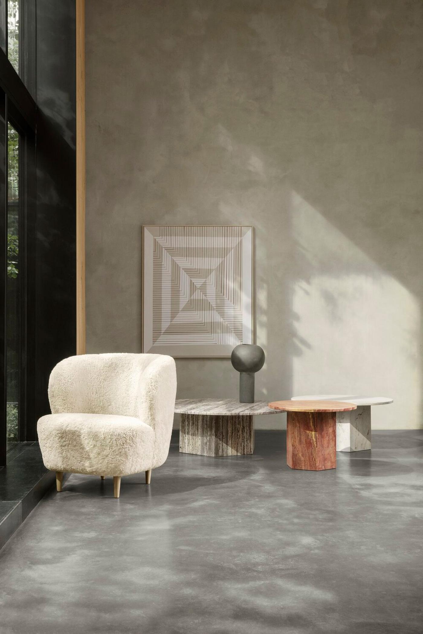 TinnappleMetz-Gubi-Stay-Lounge-Chair-01