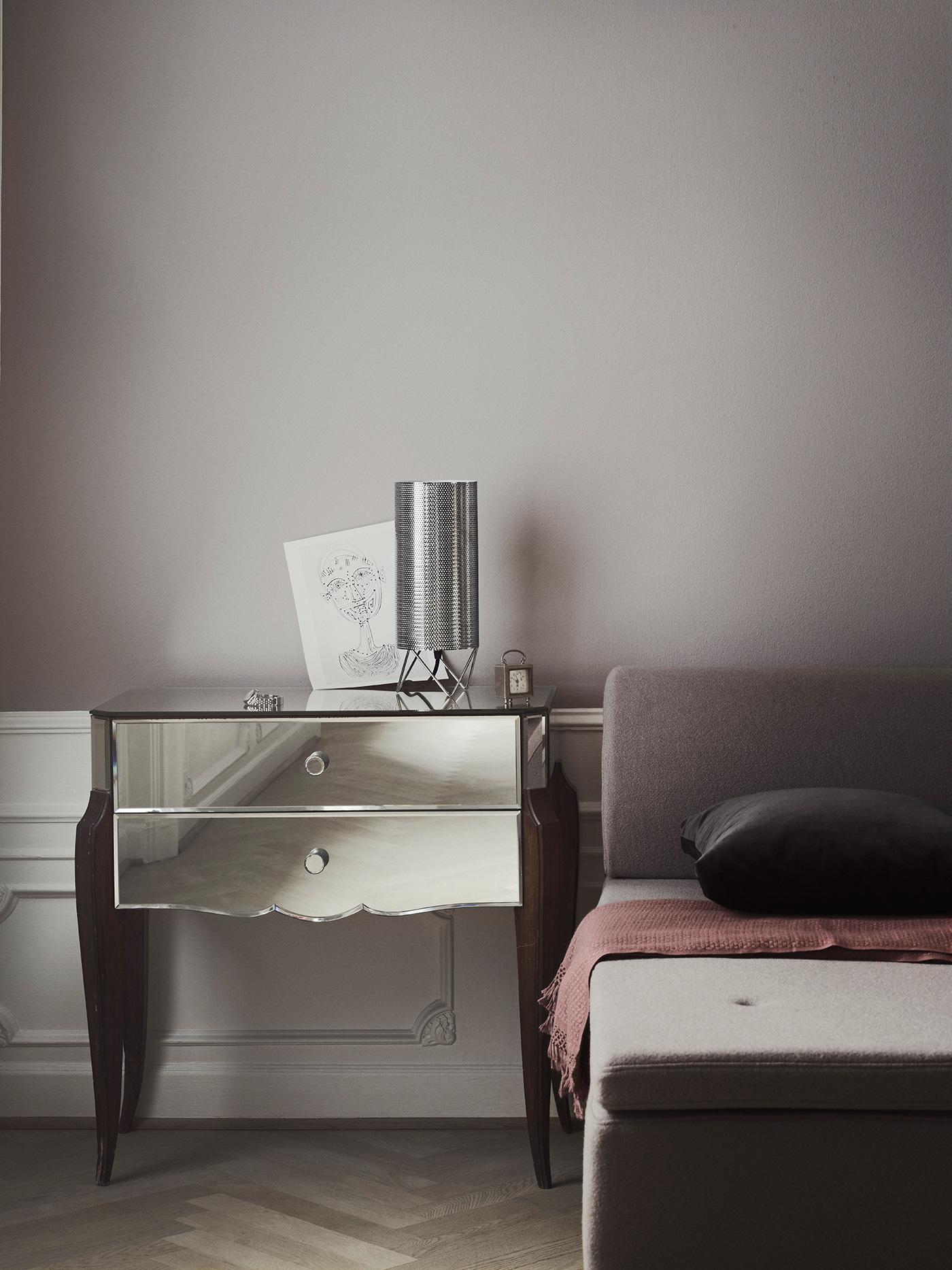 TinnappleMetz-Gubi-h2o-table-lamp-02