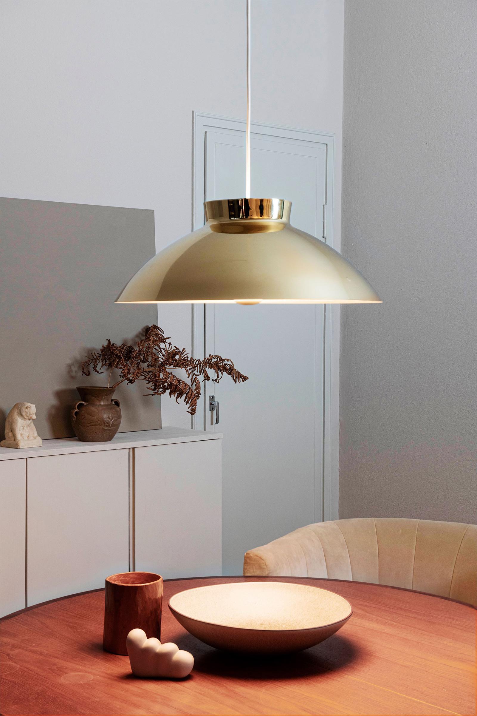 TinnappleMetz-Innolux-Sirri-Pendant-Lamp-01