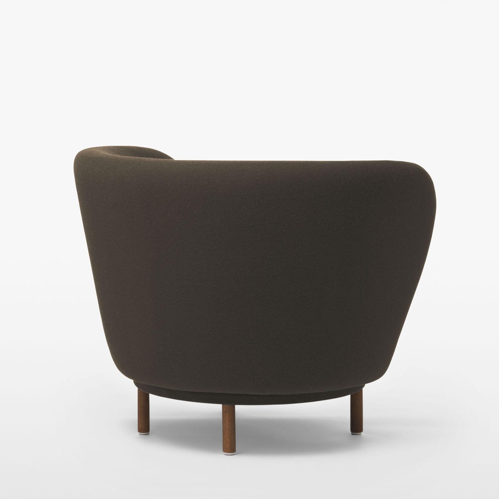 TinnappleMetz-massproductions-dandy-armchair-01