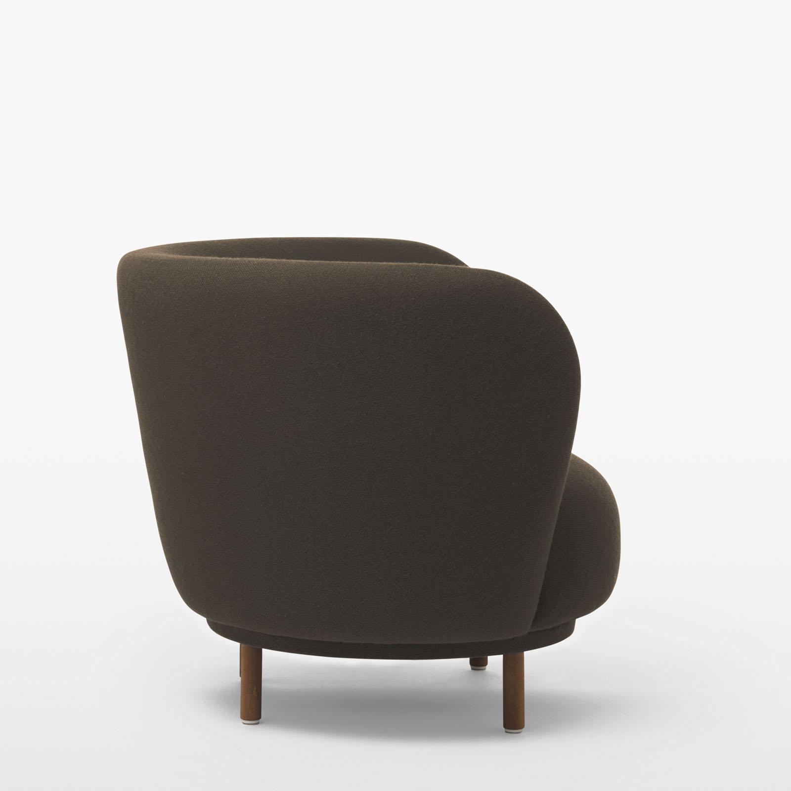 TinnappleMetz-massproductions-dandy-armchair-02