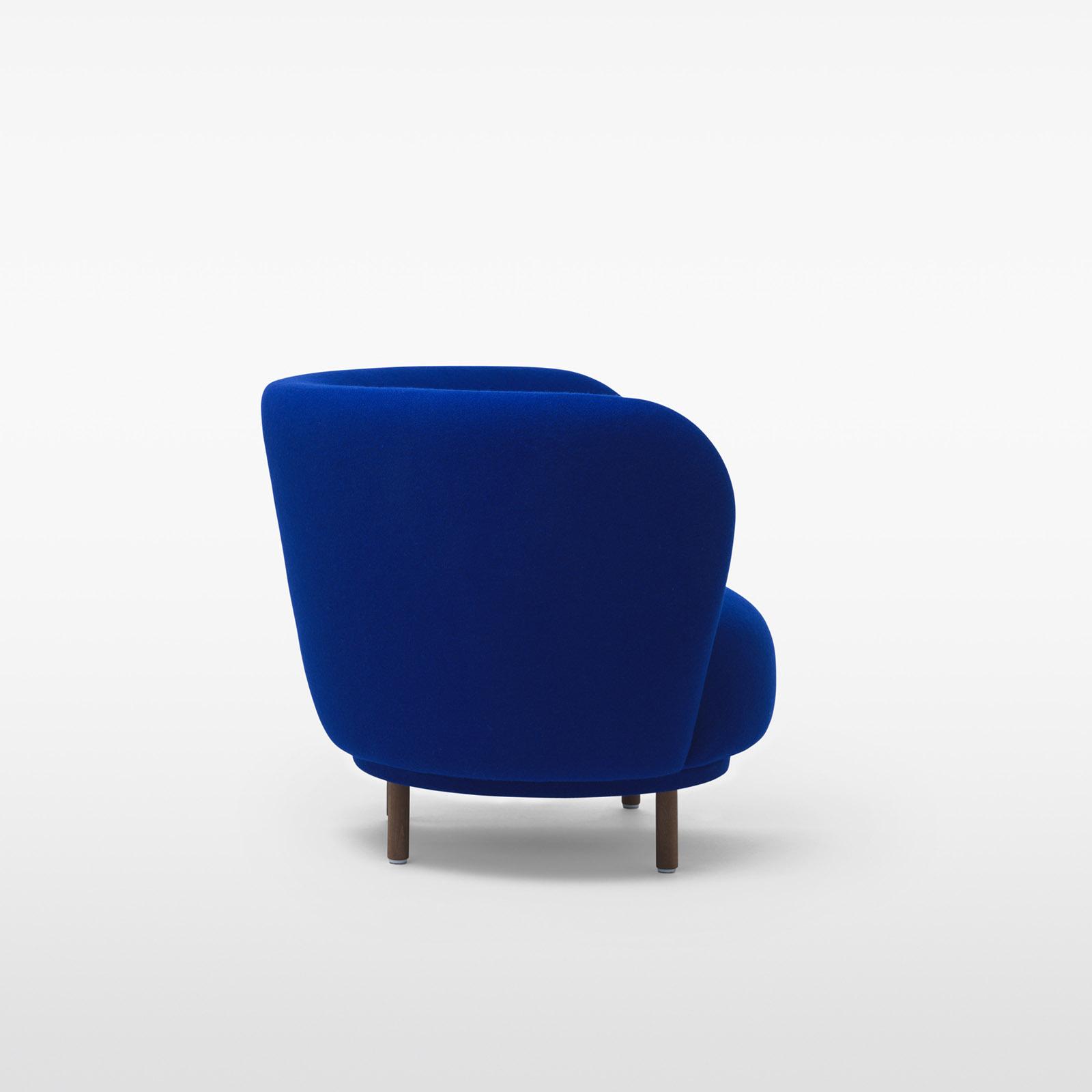 TinnappleMetz-massproductions-dandy-armchair-05