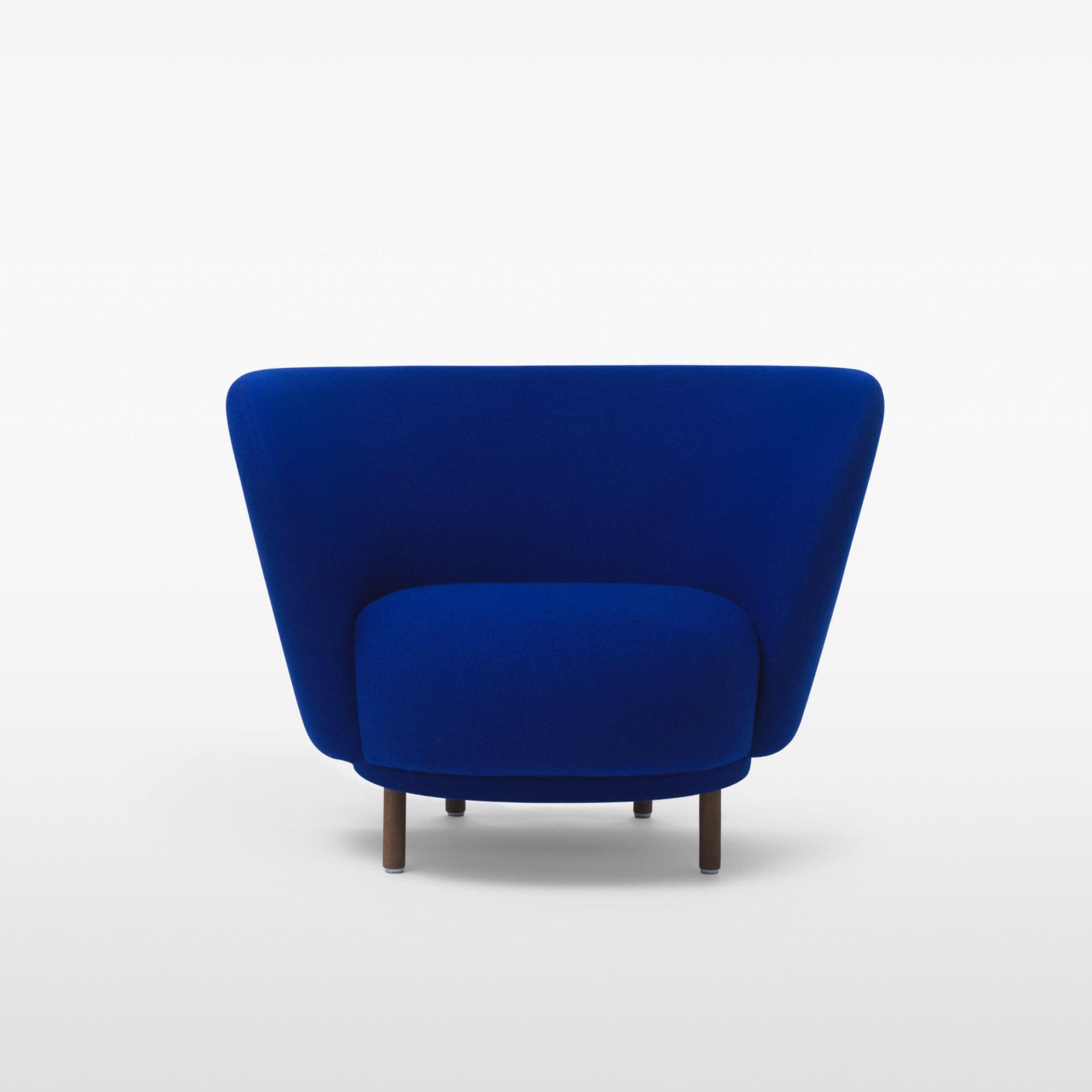 TinnappleMetz-massproductions-dandy-armchair-06
